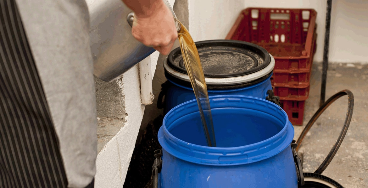 used vegetable oil collection | cooking oil collection | restaurant grease collection | grease collection service